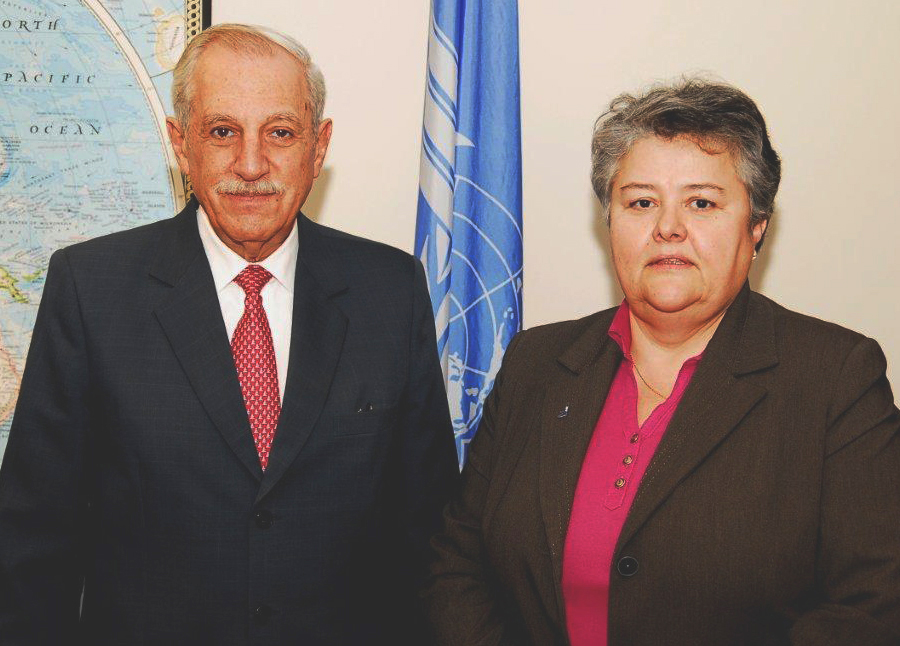 ICAO President, Mr. Kobeh, and Pilar Vera, ACVFFI's Chairwoman